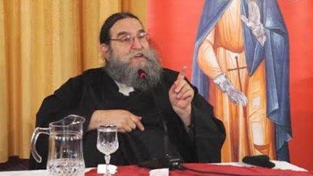 Yunan papaz: